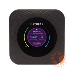 Мобильный 4G роутер Netgear Nighthawk M1